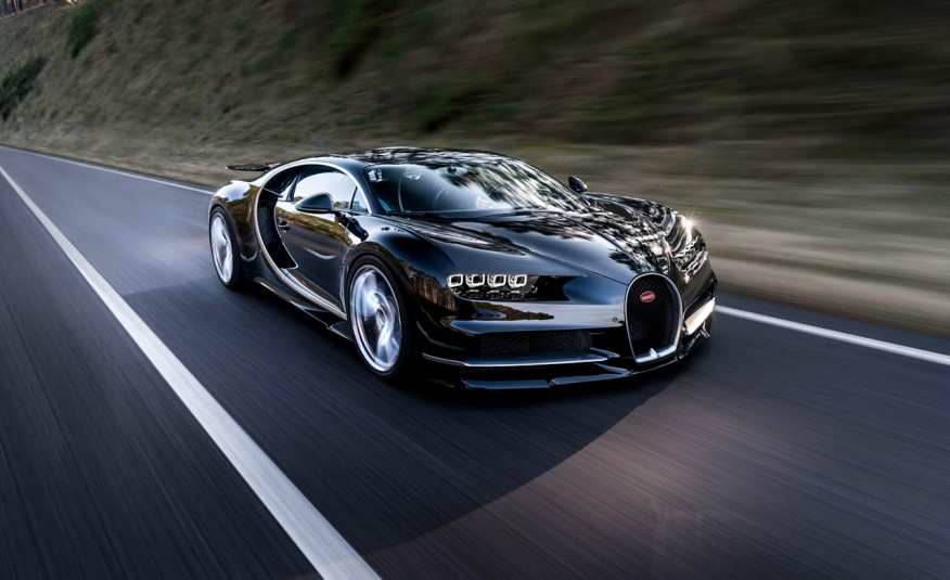 http___blog_caranddriver_com_wp-content_uploads_2016_02_2017-Bugatti-Chiron-1022-876x535.jpg