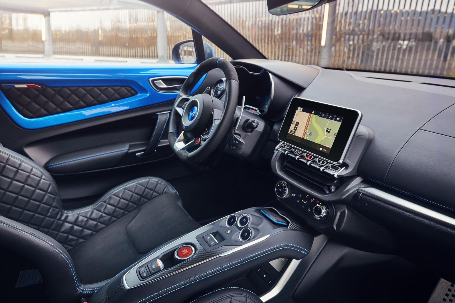 7-alpine-a110-2018-uk-review-dashboard.jpg